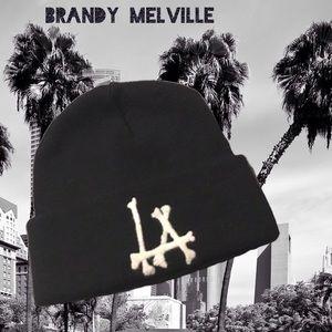 🆕Brandy Melville LA Beanie